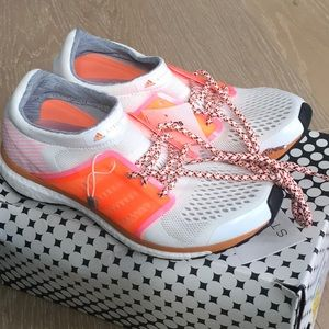 Brand new Adidas Stella McCartney Sneakers